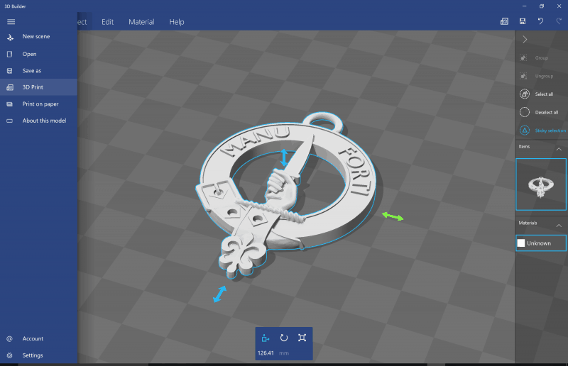 3D Builder with Clan Crest loaded